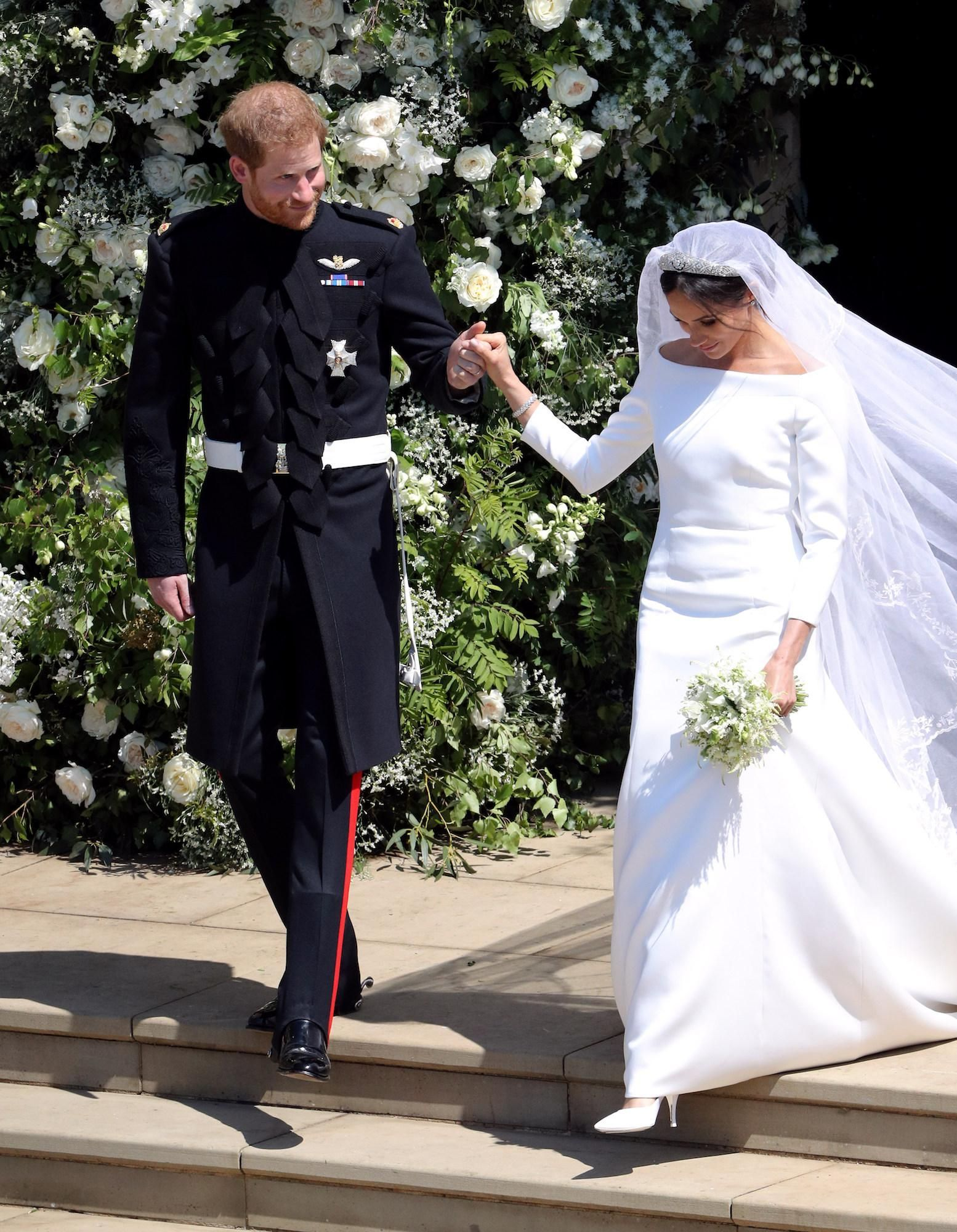 PHOTOS , La renversante robe de mariée Givenchy de Meghan Markle et bijoux  Cartier