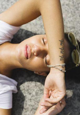Pourquoi tatouage et soleil ne font pas bon ménage ?