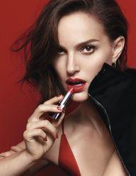 Natalie Portman radieuse dans le making of du nouveau Rouge Dior