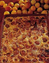 clafoutis mirabelles streusel noisettes pour 6 personnes recettes elle table. Black Bedroom Furniture Sets. Home Design Ideas