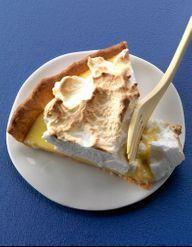Tarte au citron meringu e pour 4 personnes recettes elle table - Cuisine de bernard tarte au citron ...