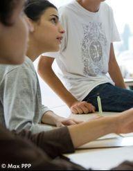Collèges et lycées : la lutte contre l'homophobie commence ici