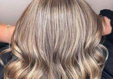 Le « strandlight», la dernière coloration qui illumine la chevelure façon retour de vacances à la mer