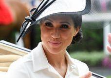 Meghan Markle s'inspire d'Audrey Hebpurn pour son beauty look