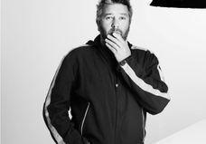 Philippe Starck : des « brosses à dents » à la parfumerie, rencontre avec un hypersensible qui cherche l'odeur du vide