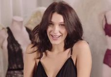 Bella Hadid défilera pour Victoria's Secret : Découvrez les coulisses de son audition