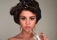 Selena Gomez: l'autoportrait Instagram de la personnalité la plus suivie