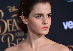 Quand Emma Watson revisite l'eye-liner, le résultat est génial !