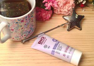 Une crème pour les mains Bio Beauté® by NUXE avec votre magazine ELLE