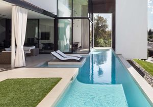 15 piscines design pour s'évader (et rêver farniente)