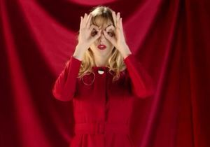Le clip de la semaine : « Je veux tes yeux » d'Angèle
