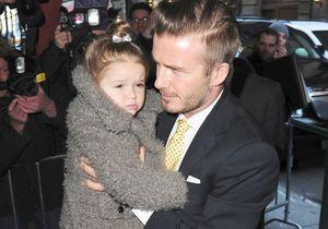 Harper Beckham, baby fashionista en robe Bonpoint