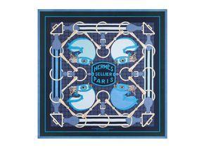 Hermès : un carré en hommage à la reine Elizabeth II