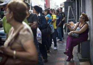 Pourquoi la boîte de préservatifs coûte-t-elle 660 euros au Venezuela ?