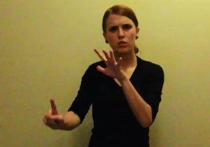 #Prêtàliker : elle rappe en langue des signes et séduit la Toile