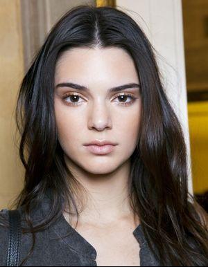 5 astuces hyper simples que tous les mannequins connaissent pour avoir une peau parfaite