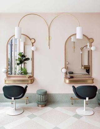 #ELLEBeautySpot : le nouveau salon de coiffure de Delphine Courteille à Paris