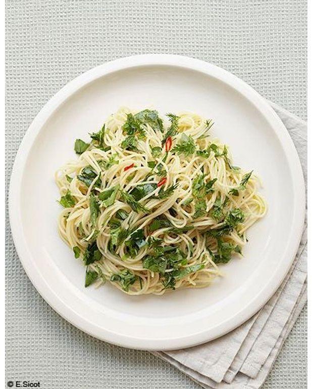 P tes aux herbes pour 4 personnes recettes elle table - Recette cuisine france 2 telematin ...