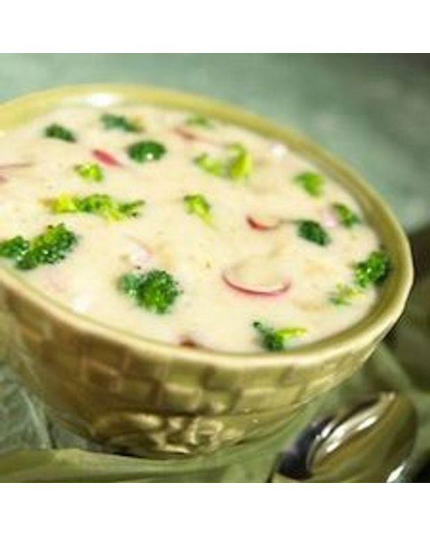 soupe au brocoli au riz et au fromage pour 8 personnes recettes elle table. Black Bedroom Furniture Sets. Home Design Ideas