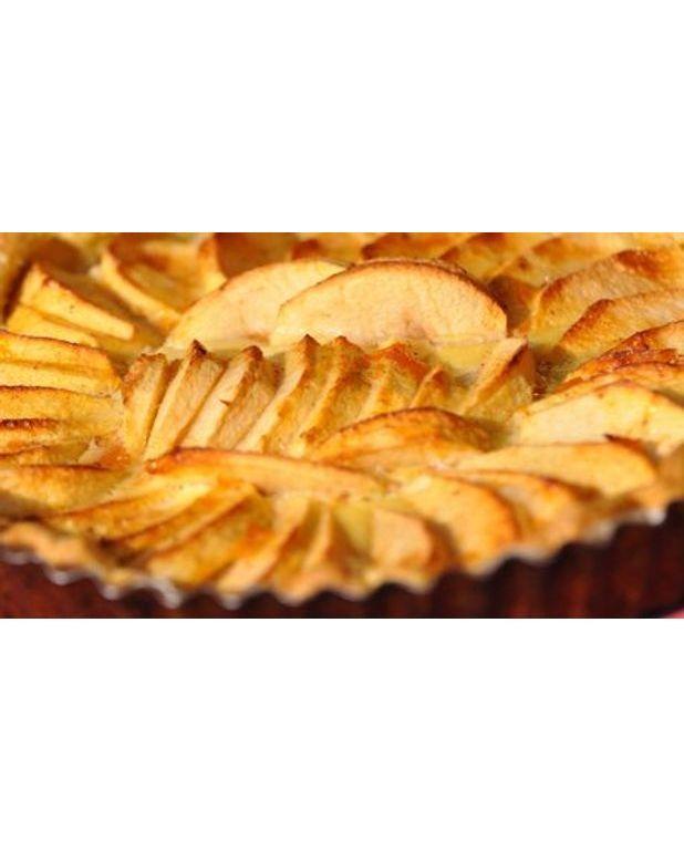 Tarte aux pommes golden pour 6 personnes recettes elle - Dessin de tarte aux pommes ...