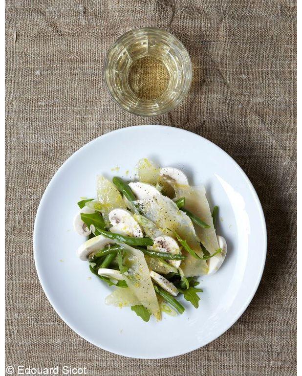 champignons en salade pour 4 personnes recettes elle table. Black Bedroom Furniture Sets. Home Design Ideas