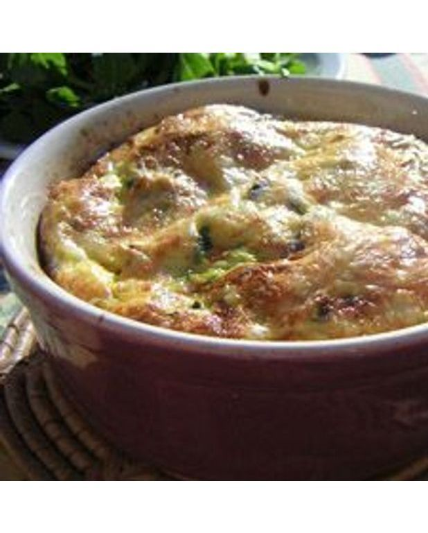 clafoutis de courgettes et tomates pour 4 personnes recettes elle table. Black Bedroom Furniture Sets. Home Design Ideas