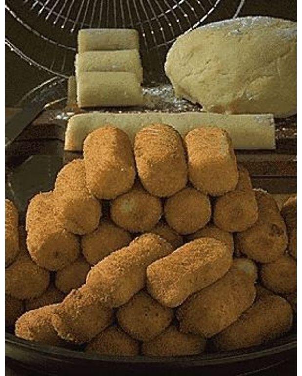 croquettes de pommes de terre pour 4 personnes recettes elle table. Black Bedroom Furniture Sets. Home Design Ideas