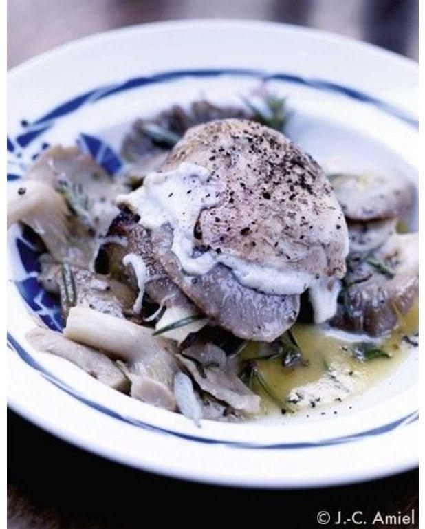 Crostino Aux Pleurotes Pour Personnes Recettes Elle à Table - Comment cuisiner les pleurotes