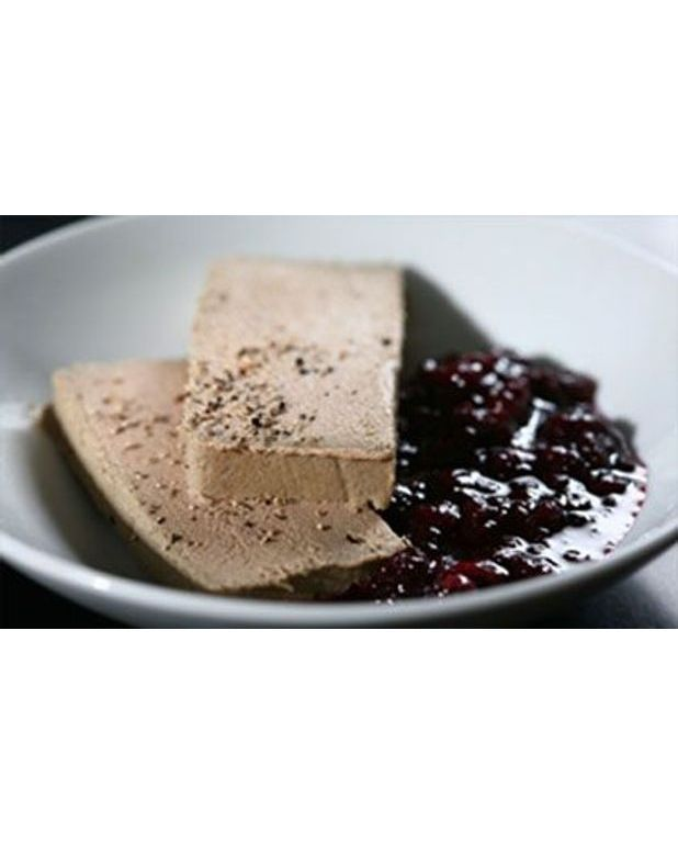 foie gras en terrine pour 6 personnes recettes elle table. Black Bedroom Furniture Sets. Home Design Ideas