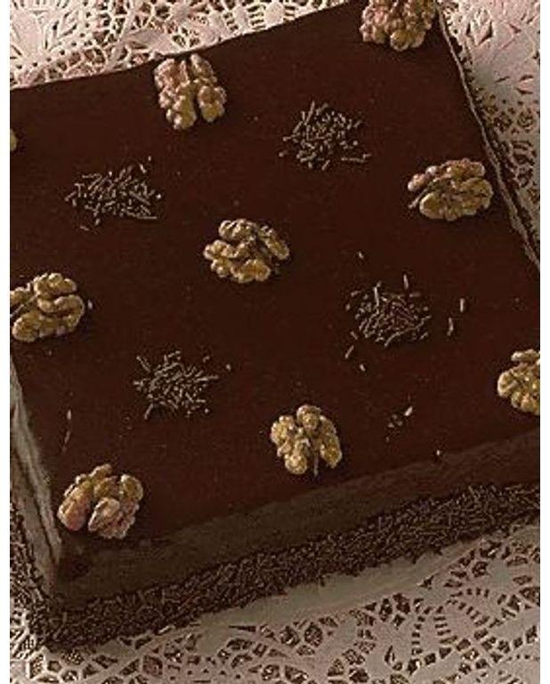 Gâteau Au Chocolat Glaçage Aux épices: Gâteau Au Chocolat Et Aux Amandes Pour 6 Personnes