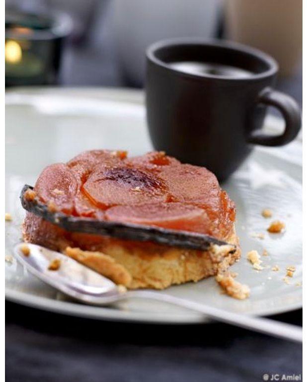 mini tatins de pommes poires et mangue sorbet champagne ros pour 6 personnes recettes elle. Black Bedroom Furniture Sets. Home Design Ideas