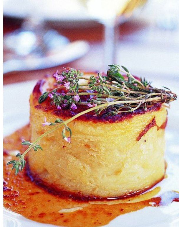 parmentier de confit de canard pour 8 personnes recettes elle table. Black Bedroom Furniture Sets. Home Design Ideas