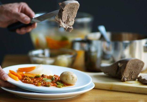 Cuisson de la langue de b uf elle table - Comment cuisiner la langue de boeuf ...