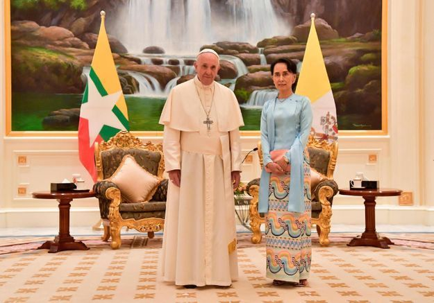 Aung San Suu Kyi : la dirigeante birmane persiste dans son déni du massacre