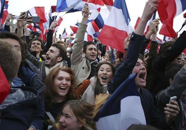 La soirée de la victoire avec les militants d'Emmanuel Macron