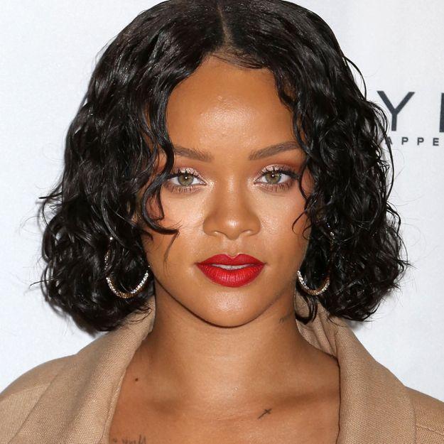 Rihanna se fait humilier sur internet cause de son poids elle - Rihanna poids taille ...