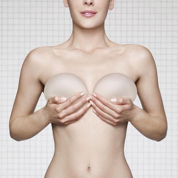 Augmentation Mammaire à Paris par implants