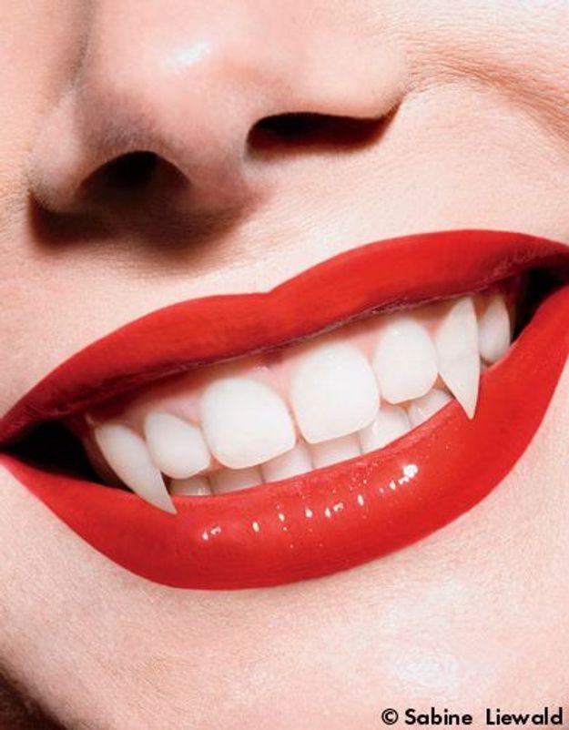Médecine esthétique : toutes mordues du « vampire lift »