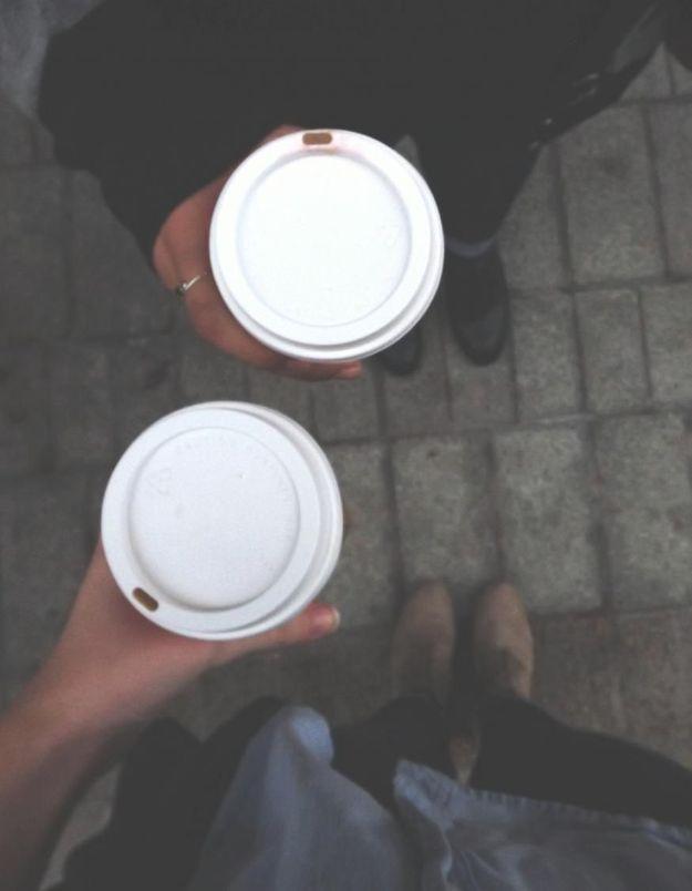 Voici combien il faut boire de tasses de café par jour (et c'est plus que ce qu'on imagine)