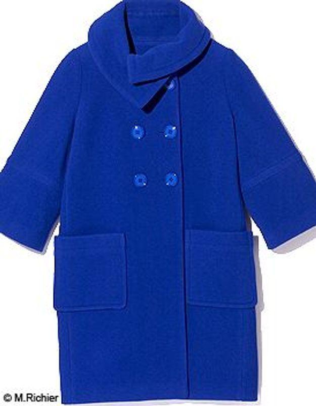 comment porter un manteau bleu