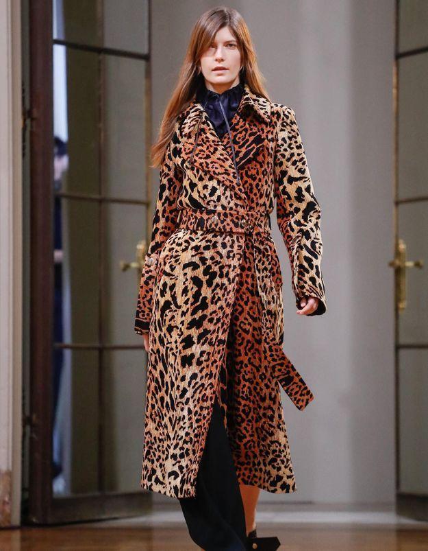 Les silhouettes minimales de Victoria Beckham