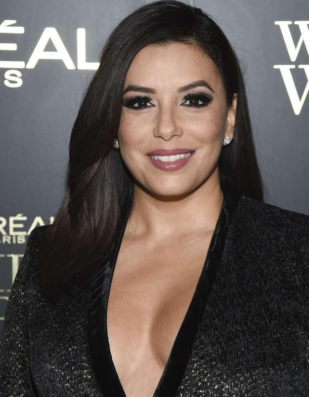 eva longoria enceinte la premi re photo de son ventre rebondi elle. Black Bedroom Furniture Sets. Home Design Ideas
