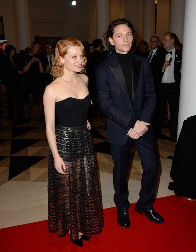 Mélanie Thierry en Dior et Raphaël