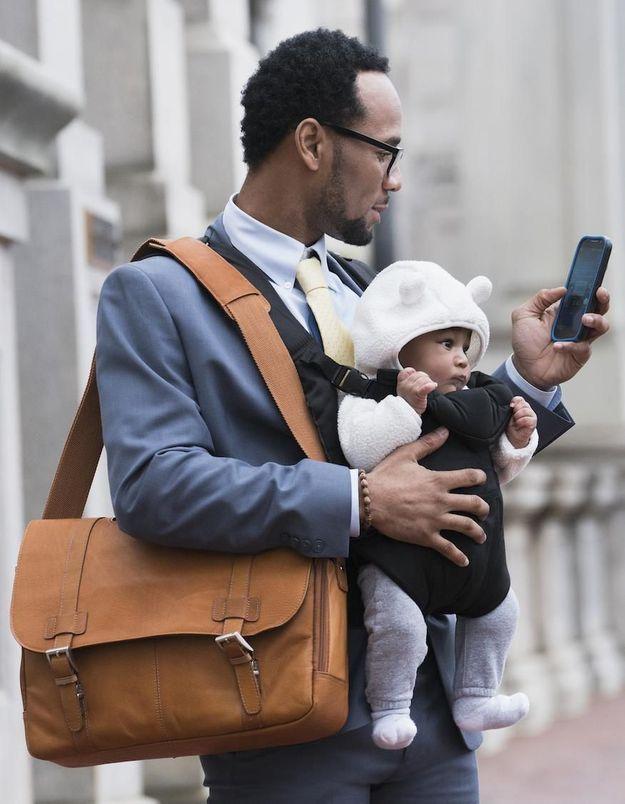 Le congé paternité : ce qui pourrait changer