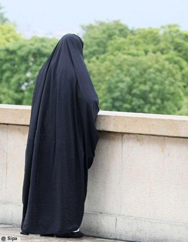 Qui porte la burqa en France ?