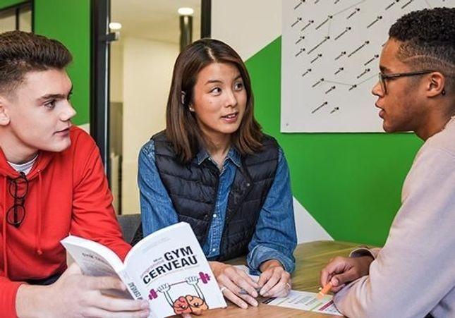 Co-learning : enfin des espaces d'apprentissage novateurs pour collégiens et lycéens