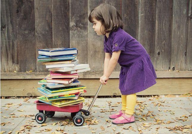 Aux livres, citoyennes !