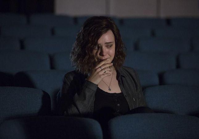 « 13 Reasons Why » : la série pour ados qui fait grimper les recherches sur le suicide