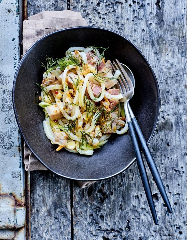 Cuisine du monde cuisine et recettes exotiques travers le monde elle table - Tous les ustensiles de cuisine ...