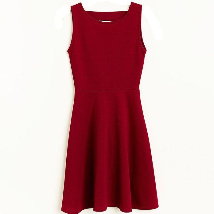 robe jennyfer 100 nouveaut s du printemps t moins de 100 euros elle. Black Bedroom Furniture Sets. Home Design Ideas